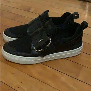 Tod's sneakers w box + bag